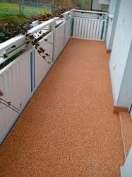 Balkonbelag Farbton FB - Terra fugenfrei verlegt