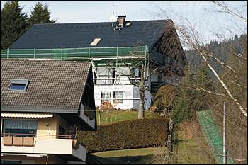 Dach nach erfolgter Reinigung vor der Montage der Photovoltaikanlage