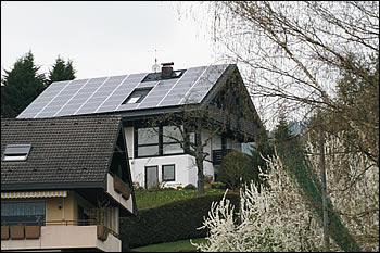 Montierte Photovoltaikanlage auf perfektem Untergrund